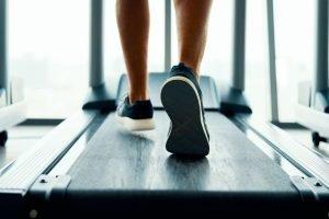Reinigung und Pflege von Laufschuhen – so bleibt das Schuhwerk länger nutzbar