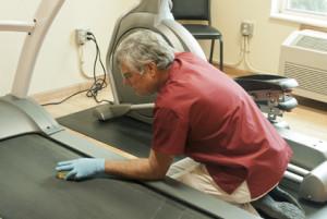 Reinigung, Pflege und Wartung von Laufbändern – So machen Sie es richtig