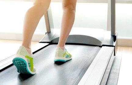 Welche Schuhe sind zum Laufbandtraining am besten geeignet